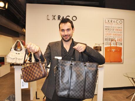 バンクーバー「LXR & CO.」店舗マネジャーのJustin Voiticさん