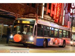 「トナカイバス(Reindeer Bus)」が運行開始  Photo by:TransLink