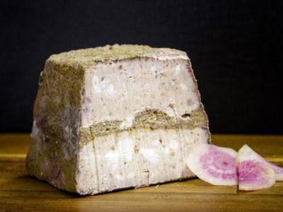 バンクーバー初のビーガンチーズ専門店 ココナツやアーモンドのミルク使用